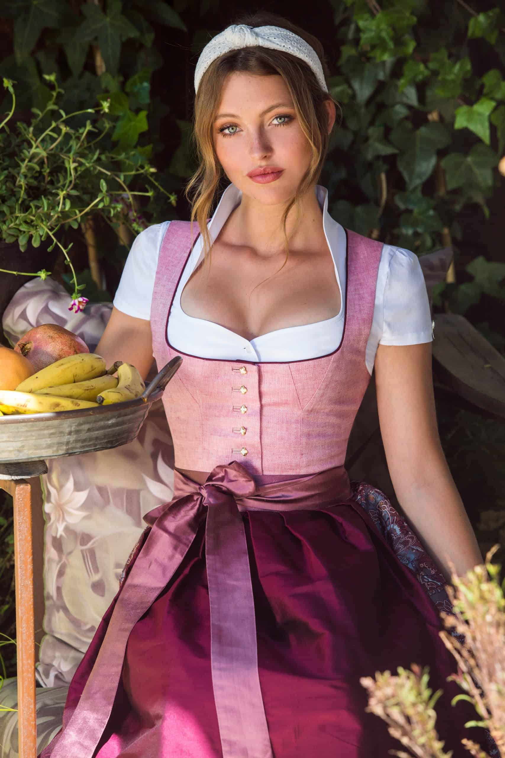 Dirndl Alicia rose