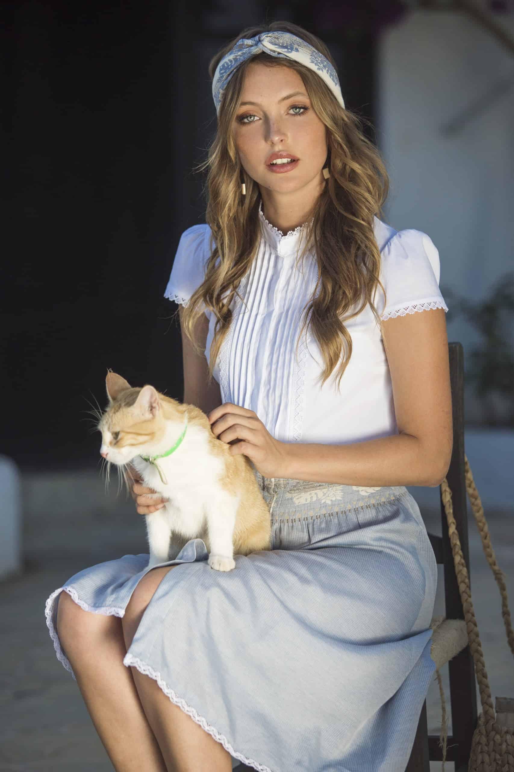 Kleid Ella weiß-hellblau