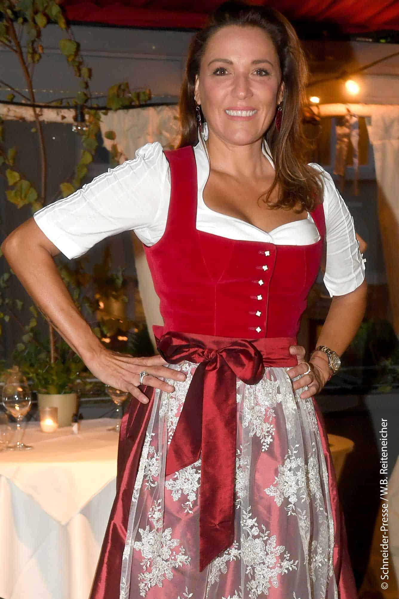 Simone Ballack zur KoaWiesn bzw. Wirtshauswiesn